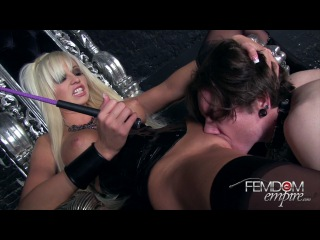 Rikki Six - Slave For Lick To Pussy, BDSM